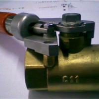 我厂专业生产铜产品,为各企业、工程制作铜配件或铜产品