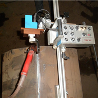 供应摆动器焊接小车