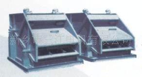 供应ZSG矿用重型筛@石灰|水泥专用振动筛