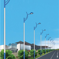 郑州路灯厂家  郑州LED太阳能路灯价格