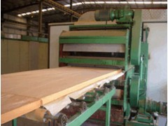聚氨酯复合板材生产线设备江苏价格咨询