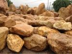 英德市天然园林艺术奇石场