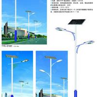 供应新农村改造用绿色节能太阳能LED路灯