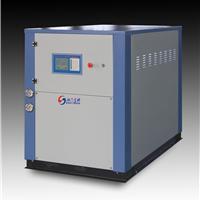 供应箱型水冷冷水机