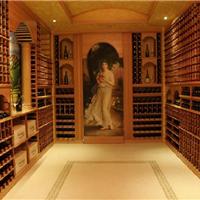 酒窖有足够的贮存空间和活动空间