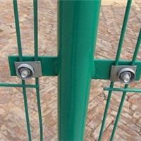 各种型号的双边丝护栏飞腾可按您的要求定做