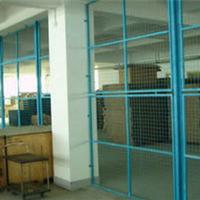 供应山东铁丝护栏网热镀锌护栏网
