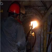 供应熔窑热风炉陶瓷焊补窑炉热修
