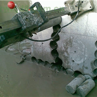 拆除加固 钻孔打孔 开门洞  钢结构  阁楼