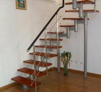 青岛楼梯实木楼梯钢木楼梯哪家好环保