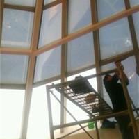 供应泉州玻璃幕墙隔热膜,泉州顶棚防晒材料