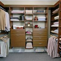 西安德唯美家建材厂(专业定制橱柜、衣柜、成品家具)