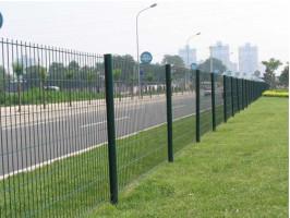 不锈钢护栏网-公路护栏网-体育场围栏
