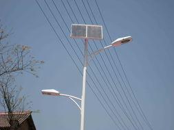 保定太阳能路灯厂家