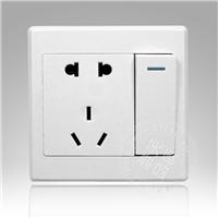低价供应工程款墙壁开关一开五孔开关插座