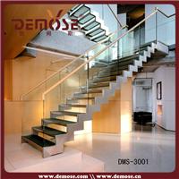 供应月销靠前现代钢玻璃栏杆钢楼梯