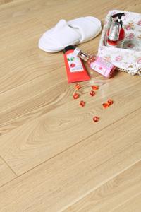 供应白蜡木实木地板,白蜡木地板