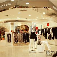 女装 服装店橱窗展示玻璃台