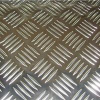供应室内外装潢四条筋花纹铝板(可氧化)