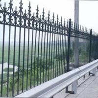 供应三桥铁艺护栏网报价,铁艺护栏网厂家