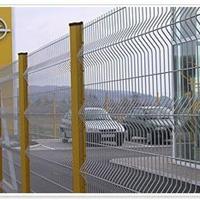 桃型柱护栏网-专业桃形柱围栏网生产厂家