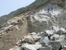 花岗岩免爆破开采设备、花岗岩设备价格型号