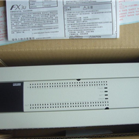 ����FX3U-128MR-ES/A