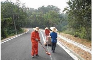 供应郑州驾校专业划线施工  河南热熔标线