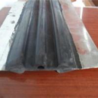 450x10钢边橡胶止水带