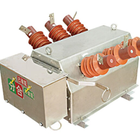 供应ZW6-12系列户外柱上高压真空断路器四川