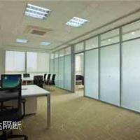 供应青岛办公玻璃隔断-英仕达玻璃隔断