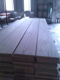 专门加工容易翘曲变形难做的实木复合地板毛坯料