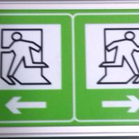 深圳厂家供应LED隧道电光标志牌 疏散标志