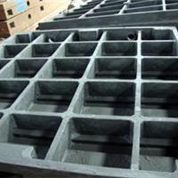 造成灰铁铸件发生变形的因素很多