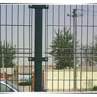 养鸡铁丝网-专业养鸡铁丝围栏网生产厂家