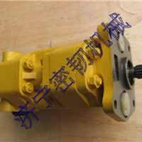 供应小松推土机配件D65E-12齿轮泵