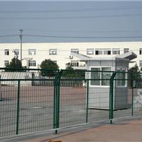 供应体育场围栏网厂家价格