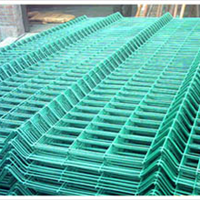 双边丝三角折弯护栏网生产厂家、安装报价