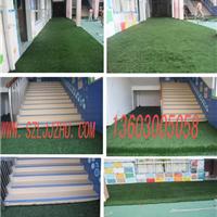广东深圳学校、幼儿园铺设人造草坪厂家直销