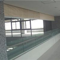 萨都奇厂家专业生产夹丝玻璃挡烟垂壁厂