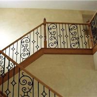 欧米亚实木楼梯