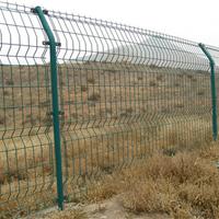 供应农业园围栏网,钢丝围栏网