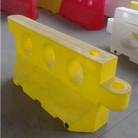 供应滚塑水马,三孔滚塑水马规格1700*700