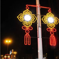 灯杆造型灯中国结
