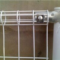 供应双圈护栏网,安平县双圈护栏网厂家