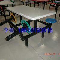 河北霸州胜芳镇折叠凳四连体餐桌椅
