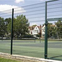 供应体育场围网,学校体育场围网,安跃围网