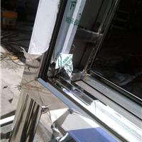 设计制作安装报栏,灯箱