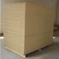 厂家供应防水防潮隔音隔热空心刨花板