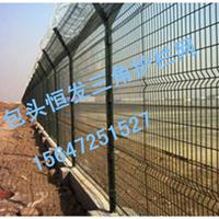 供应包头框架护栏网铁路专用框架隔离网价低